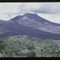 https://repository.erc.monash.edu/files/upload/Asian-Collections/Myra-Roper/indonesia-01-014.jpg