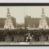 Coronation Festivities. The Unveiling of the Queen Victoria memorial in front of Buckingham Palace
