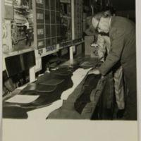 https://repository.erc.monash.edu/files/upload/Asian-Collections/Noel-Deschamps/ND5-10.jpg