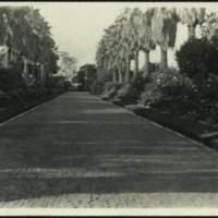 https://repository.erc.monash.edu/files/upload/Rare-Books/WWI-Postcards/Album/rb-wwi-postcards-002.jpg