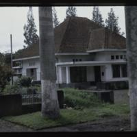 https://repository.erc.monash.edu/files/upload/Asian-Collections/Myra-Roper/indonesia-01-039.jpg