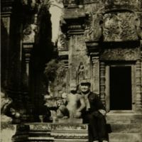 https://repository.erc.monash.edu/files/upload/Asian-Collections/Sihanouk/Images/NS21-60.jpg