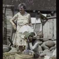 https://repository.erc.monash.edu/files/upload/Asian-Collections/Myra-Roper/indonesia-03-126.jpg