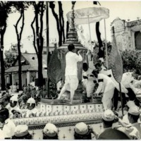 Urn containing remains of King Saramarit, being transferred to funeral car