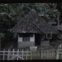 https://repository.erc.monash.edu/files/upload/Asian-Collections/Myra-Roper/indonesia-01-068.jpg